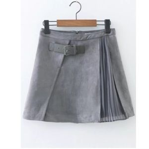 Dresses & Skirts - NWOT SHEIN Grey Pleated A line Suede Skin w Buckle